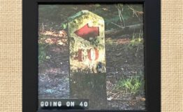 Going on 40.PNG (10x10cm)_jute